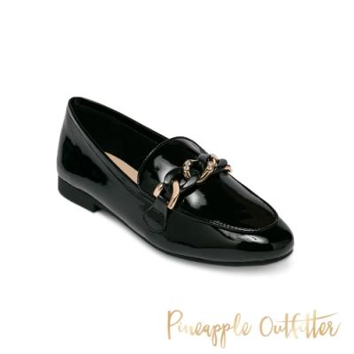 Pineapple Outfitter-MAISA 真皮經典環扣樂福女鞋-鏡黑色