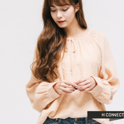 H:CONNECT 韓國品牌 女裝 - 輕甜綁結造型上衣-卡其
