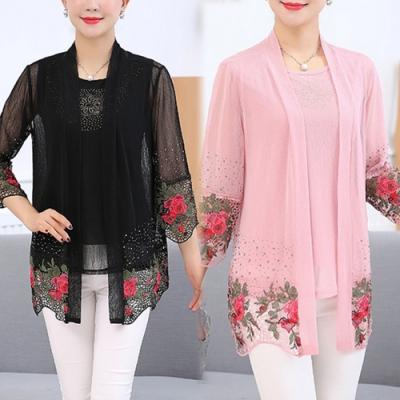 【韓國K.W】(預購)風格優雅立體花二件式上衣(共2色)