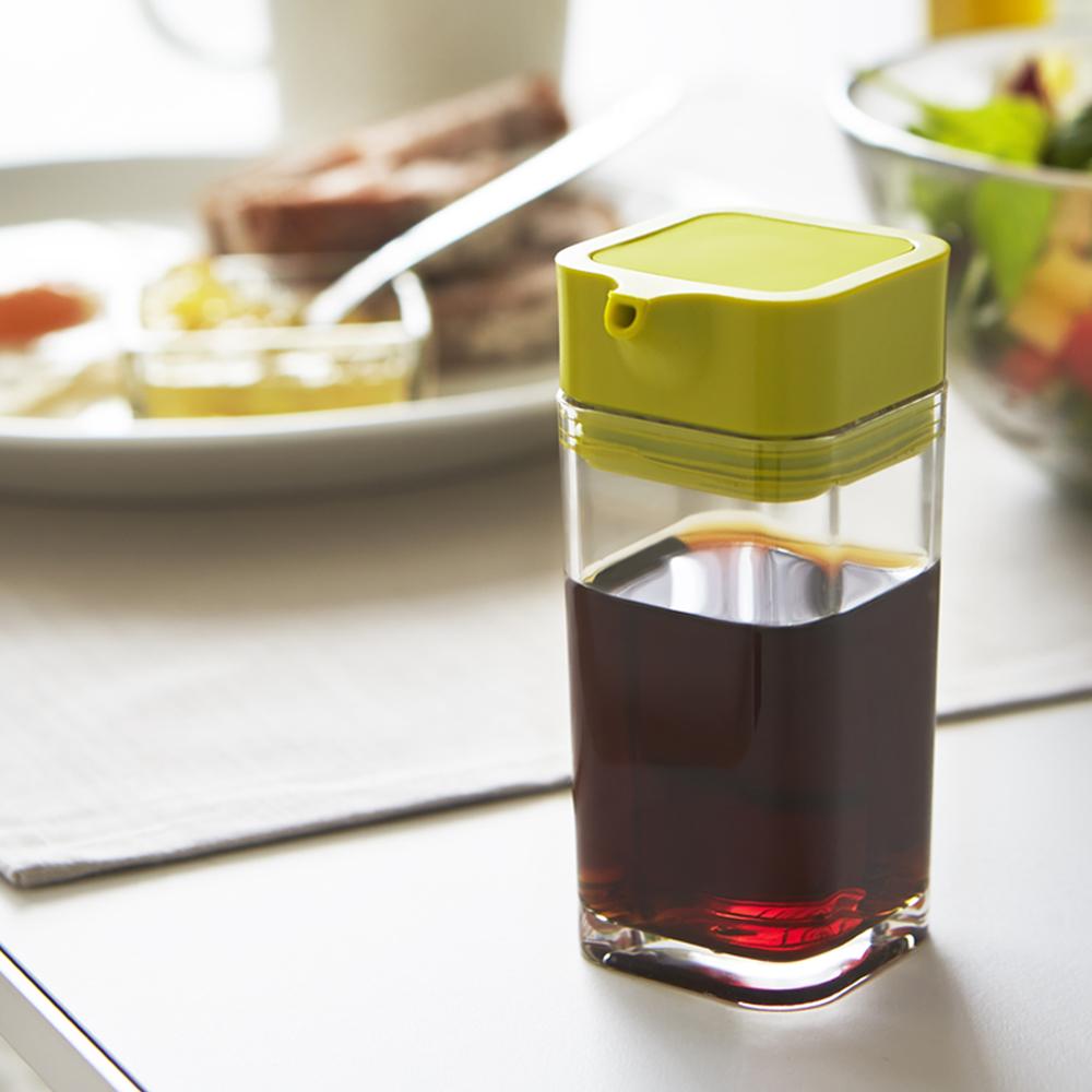 日本【YAMAZAKI】 AQUA可調控醬油罐-綠