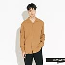 H:CONNECT 韓國品牌 男裝-純色素面嫘縈襯衫-棕