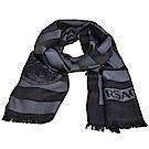 VERSACE 義大利製凡賽斯品牌字母大圖騰LOGO高質感羊毛圍巾(黑灰色系)