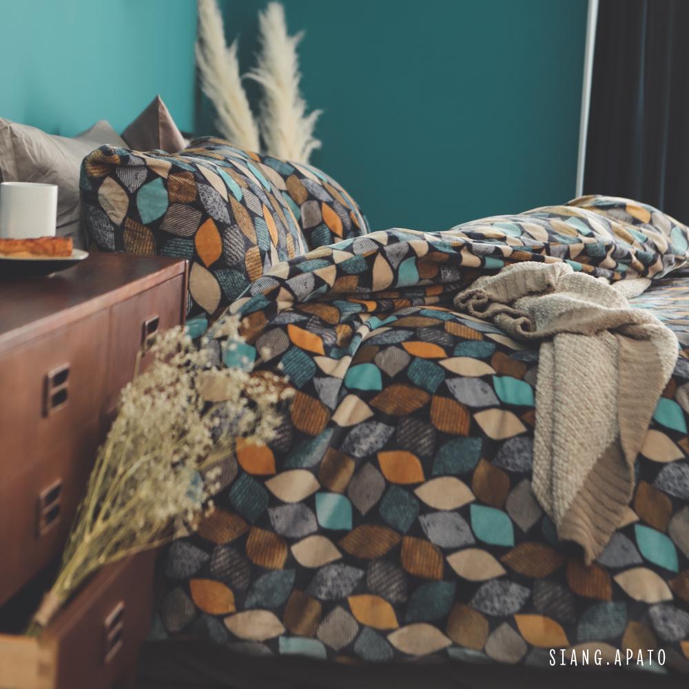 PRIMARIO 台灣製 加大-防靜電極緻保暖法蘭絨被套/床包四件組 薄雪草