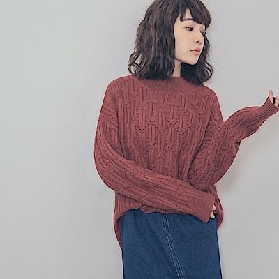 變化織紋滿版鏤空針織毛衣-OB大尺碼