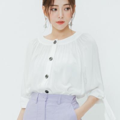 H:CONNECT 韓國品牌 女裝-甜美綁結排扣上衣-白