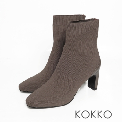 KOKKO激瘦感方頭彈性針織扁跟短襪靴霧面咖