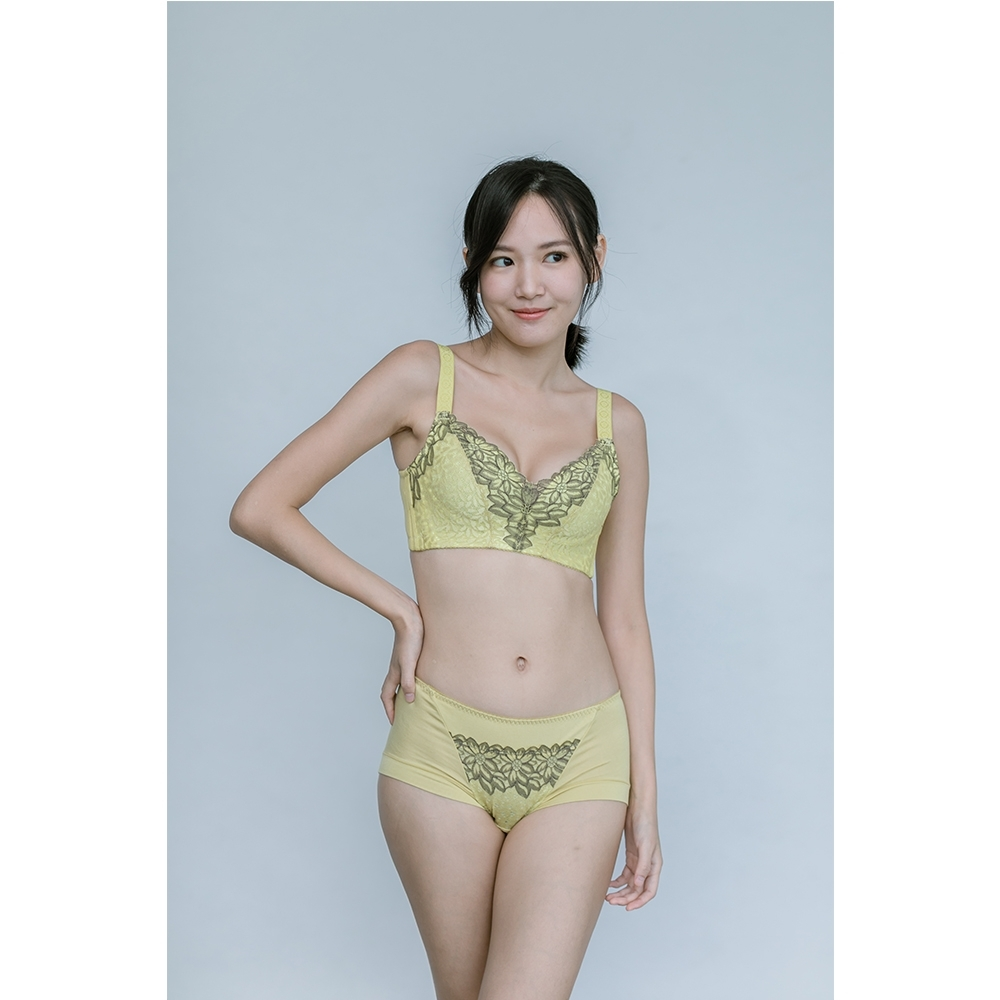 LadyMe蕾蒂蜜 超輕薄-秋香綠