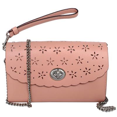 COACH粉紅鏤刻雕花全皮旋釦WOC手掛/斜背小包