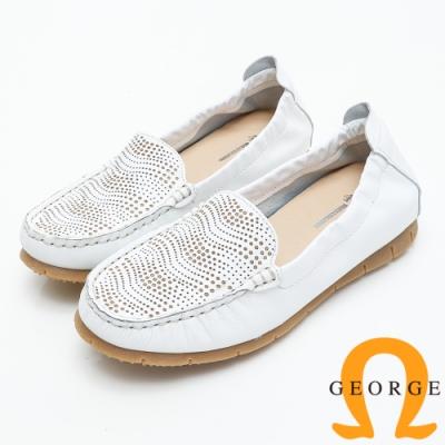 GEORGE 喬治皮鞋 透氣洞洞舒適平底休閒鞋-白色