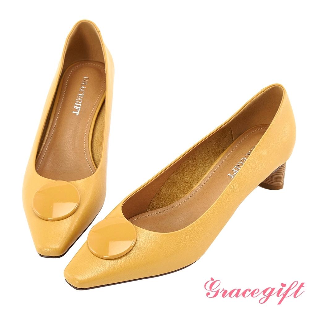 Grace gift-方頭飾釦木紋造型中跟鞋 黃