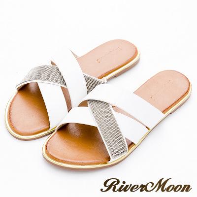 River&Moon大尺碼-時尚交叉皮革金屬金邊涼拖鞋-白