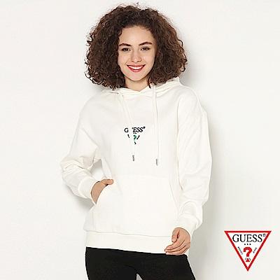 GUESS-女裝-logo文字印刷帽T-白