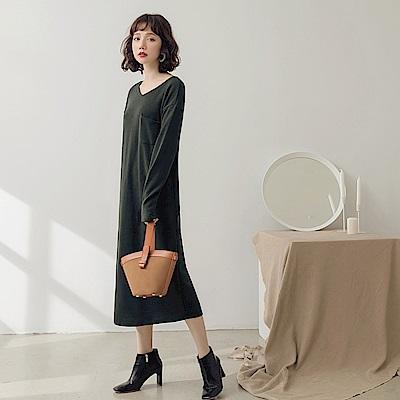 純色口袋造型仿針織洋裝-OB大尺碼