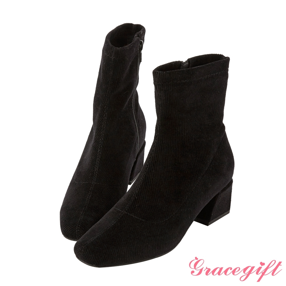 Grace gift-微方頭造型中跟短靴 黑絨布