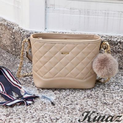 KINAZ 菱格鏈帶肩背斜背包-自杏飛揚-龐克女孩系列