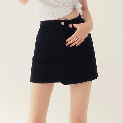 AIR SPACE 涼感顯瘦不對稱抽鬚褲裙(黑)