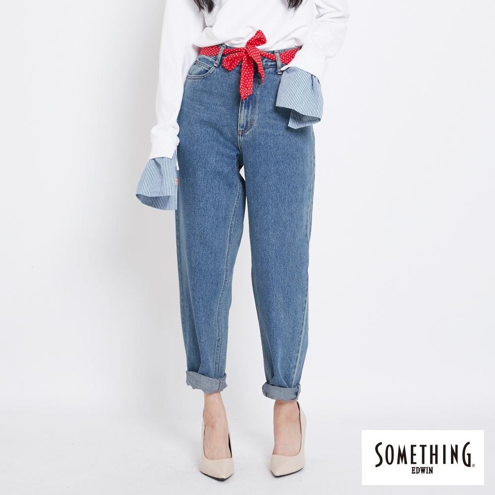 SOMETHING 復古高腰寬版AB牛仔褲(附綁帶)-女-中古藍