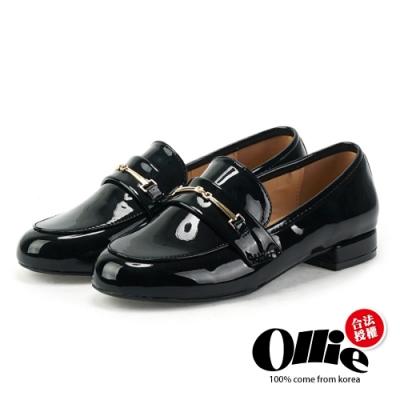 Aviator韓國空運-一字圓頭漆皮樂福包鞋-ollie預購