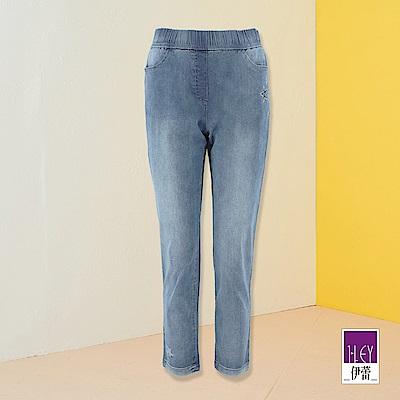 ILEY伊蕾 星星燙鑽彈性修身七分牛仔直筒褲(藍)
