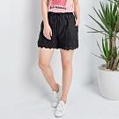 【白鵝buyer】 韓國製單寧蕾絲短褲_黑
