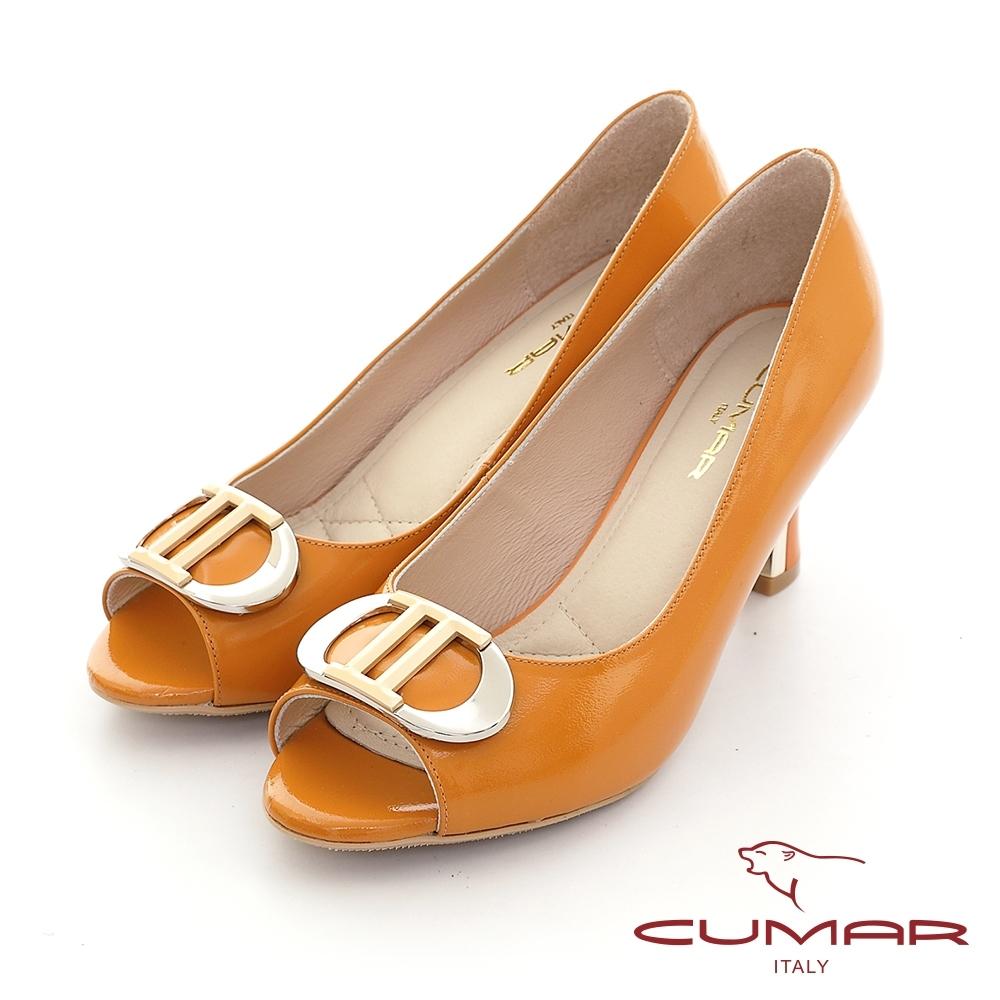 【CUMAR】 漆皮金屬飾釦魚口高跟鞋-桔色