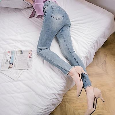 抓破抽鬚設計牛仔修身窄管褲-OB嚴選