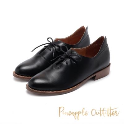 Pineapple Outfitter-MIIRA知性學院綁帶牛津鞋-黑色