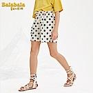 Balabala巴拉巴拉-花苞荷葉剪裁鬆緊褲頭膝上短褲-女(黑白點)