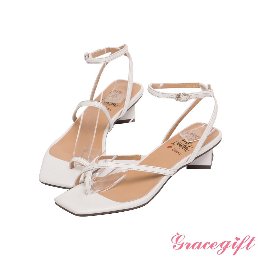 Grace gift X Kerina-聯名不對稱條帶低跟涼鞋 白