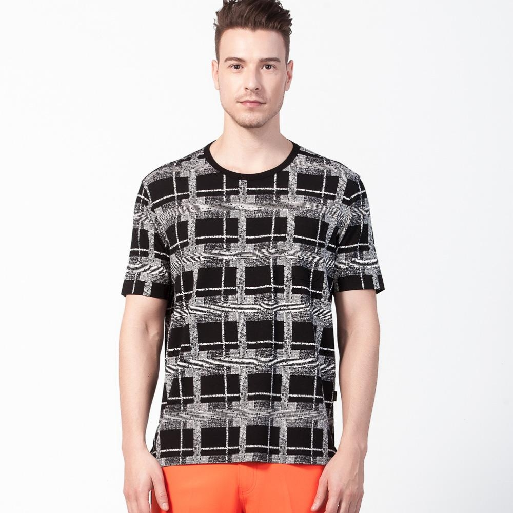 oillio歐洲貴族 透氣超柔圓領T恤 抗皺不起球 方格格紋 黑色