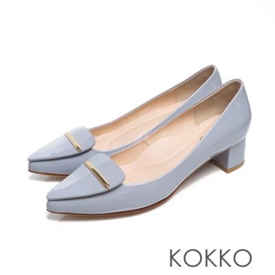 KOKKO - 芙蘿拉擁抱漆皮彎折尖頭跟鞋-公主藍