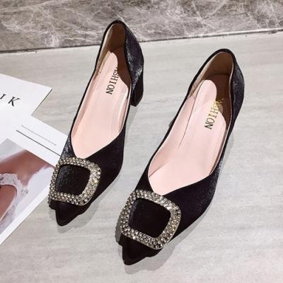 KEITH-WILL時尚鞋館 韓流舞漾花蝶時尚跟鞋-黑