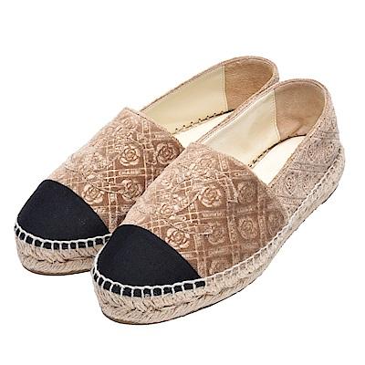CHANEL 經典Espadrilles滿版山茶花絨布鉛筆鞋(淺棕)