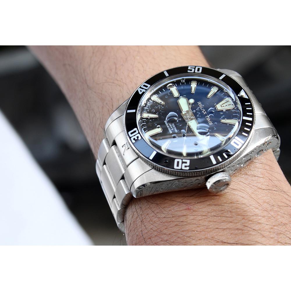 RELAX TIME RT-77 海神系列 300米潛水機械錶(RT-77-1-1)