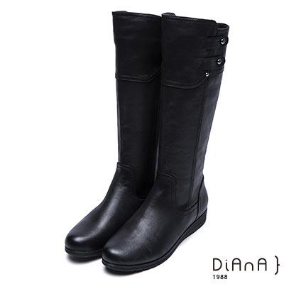 DIANA 獨俱焦點--剪裁拼接造型鉚釘釦牛紋厚底工程靴-黑