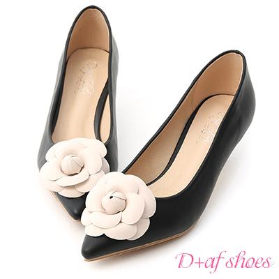 D+AF 古典氣質.立體山茶花尖頭中跟鞋*黑