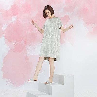 YVONNE 素面拼接短袖洋裝-淺灰