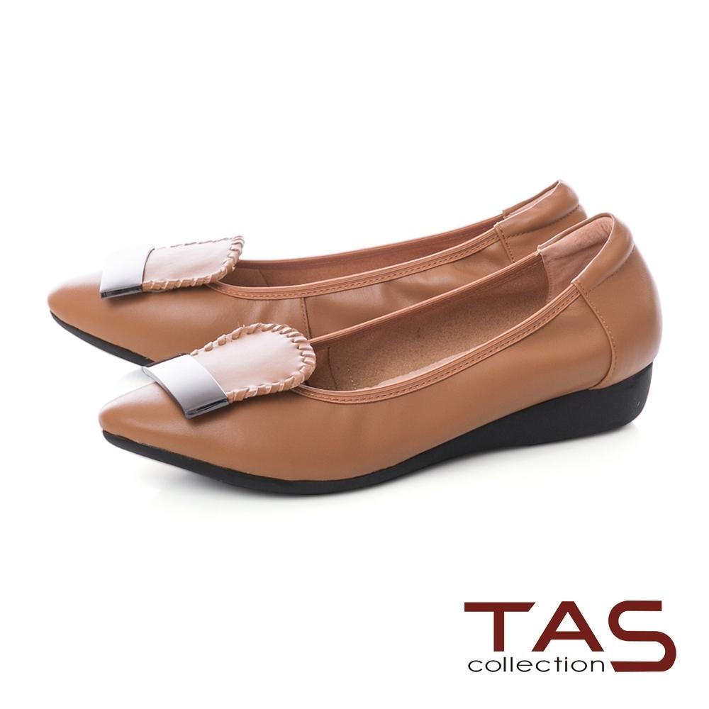 TAS 金屬一字造型尖頭娃娃鞋-質感卡其