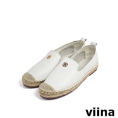 viina 素面牛皮金色小LOGO草編鞋 - 白