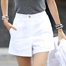 正韓 簡約素色立體摺線寬口短褲 (共三色)-N.C21