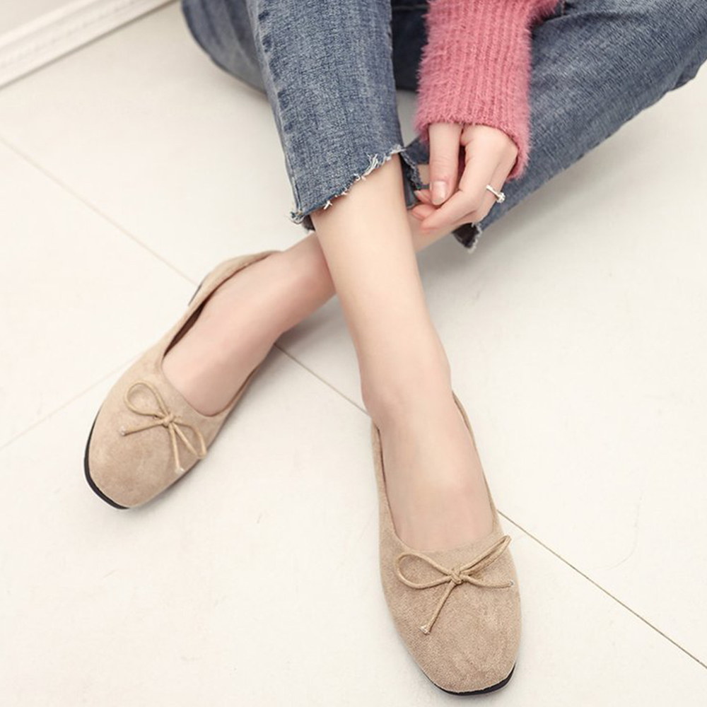 韓國KW美鞋館 美搭款特殊材質花邊平底鞋-杏色