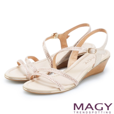 MAGY 經典斜邊細帶燙鑽楔型 女 涼鞋 裸色