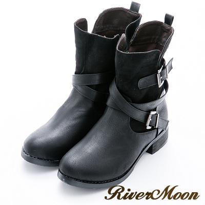 River&Moon加大尺碼-雙V麂絨拼接雙扣環中靴-黑