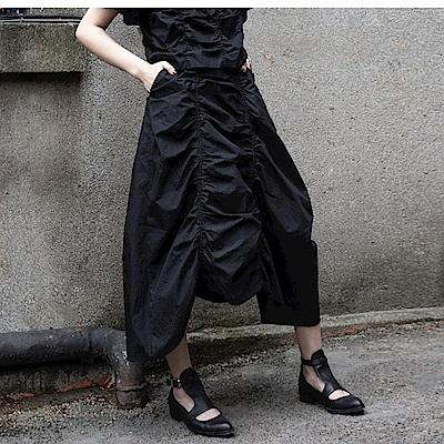 設計所在Style-暗黑風韓版褶皺長裙蓬蓬裙