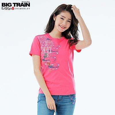 Big Train 春日水波金魚短袖女T-女-桃紅