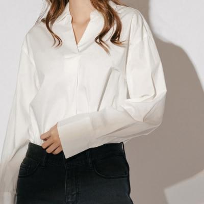H:CONNECT 韓國品牌 女裝-簡約後排扣襯衫-白