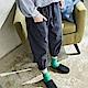 慢-生活-綁帶口袋厚棉蘿蔔褲-深灰藍