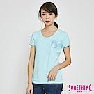 SOMETHING U領基本口袋短袖T恤-女-水藍