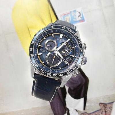 CITIZEN 光動能 萬年曆 電波錶 日期 壓紋小牛皮手錶-藍色/43mm
