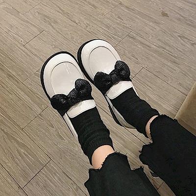 韓國KW美鞋館 歐洲站典雅拼接平底鞋-白色